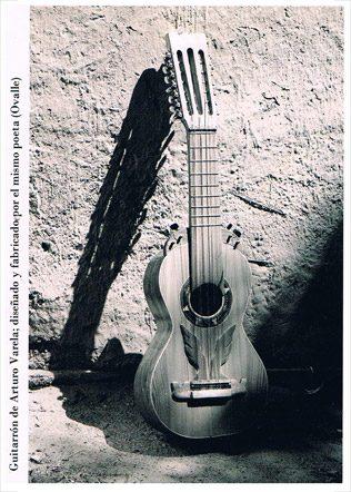 guitarron-Arturo-Varela