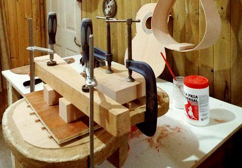 Prensado para pegado de maderas